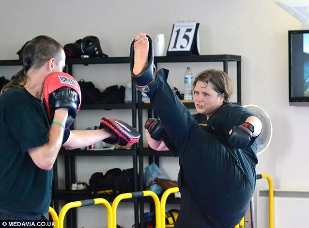 A chance encounter with an instructor from a local kickboxing club was to change her life forever as Melanie, who has already lost 12st is determined to continue to slim