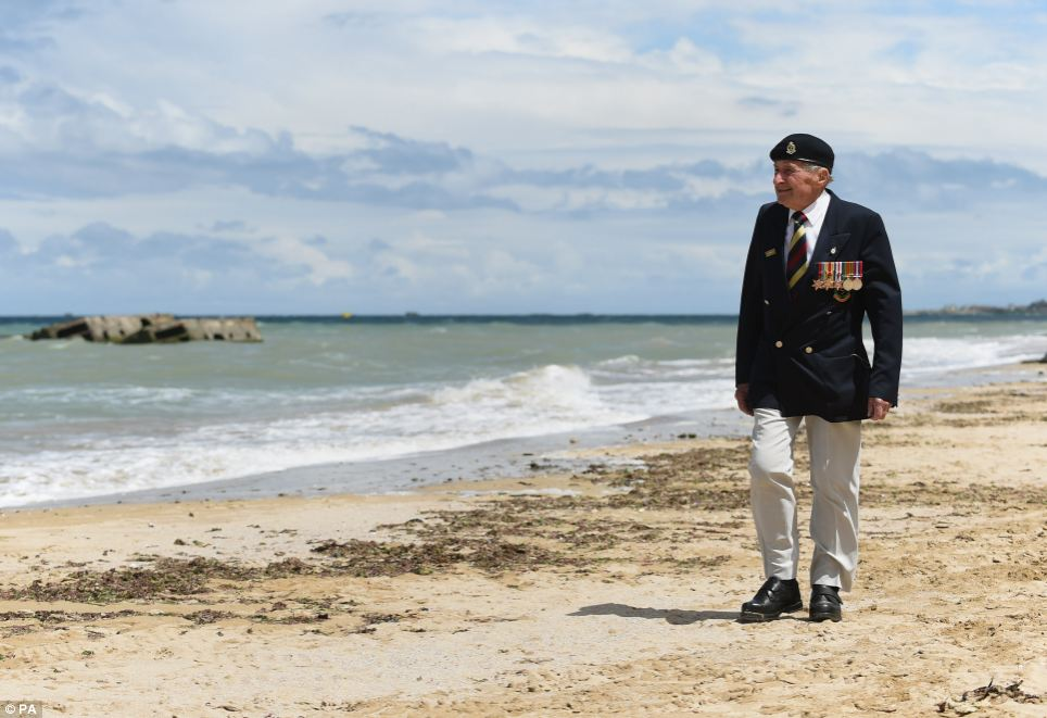 Veteran Mr Mason is one of hundreds of former World War Two soldiers traveling to the area to commemorate the anniversary and pay their respects