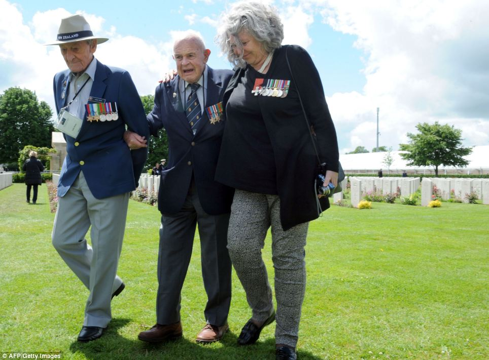A Second World War veteran from New Zealand also attended the Bayeux War Cemetery in the city of Bayeux, northern France ahead of the start of the D-Day commemorations