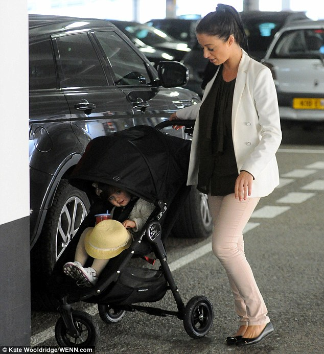 Let's shop! Chantelle Houghton and her daughter Dolly were seen shopping on Thursday in Essex