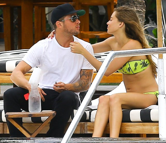 Only have eyes for each other: Ryan and Paulina couldn't keep their eyes (or hands) off each other on their romantic vacation