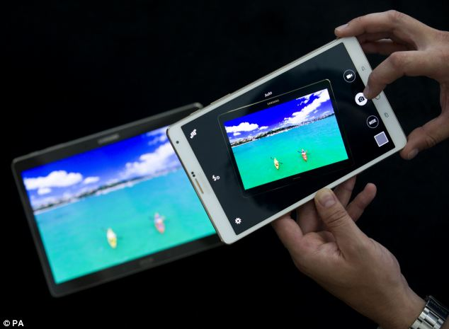 Samsung unveiled their new Galaxy Tab 8.4 inch model (right) and 10.5inch model which aim to rival the iPad Air and Mini