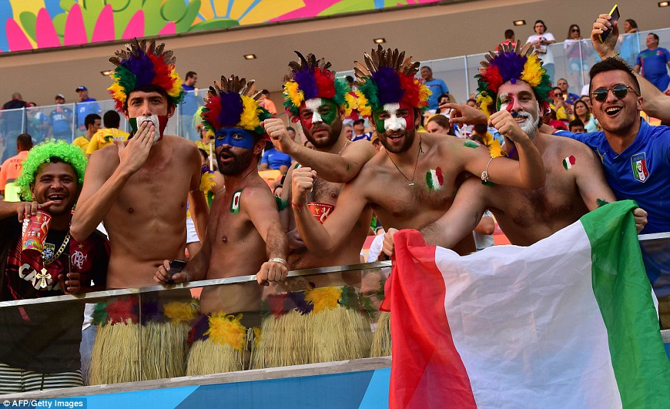 Fighting the Lions: Italian fans flooded into the Arena da Amazonia in temperatures more suited to the southern European rivals than the English side
