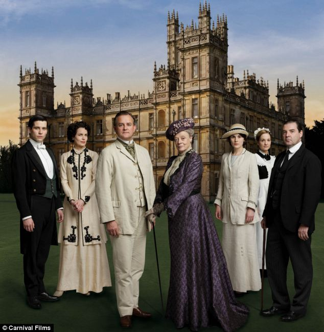 Downton Abbey scriptwriter Julian Fellowes has decided not to kill off any of the major characters, in the next series