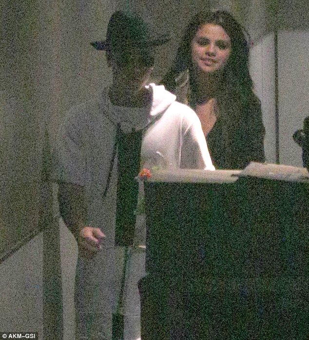 Could a duet be in the works? Justin and Selena were in the studio until the early hours of the morning