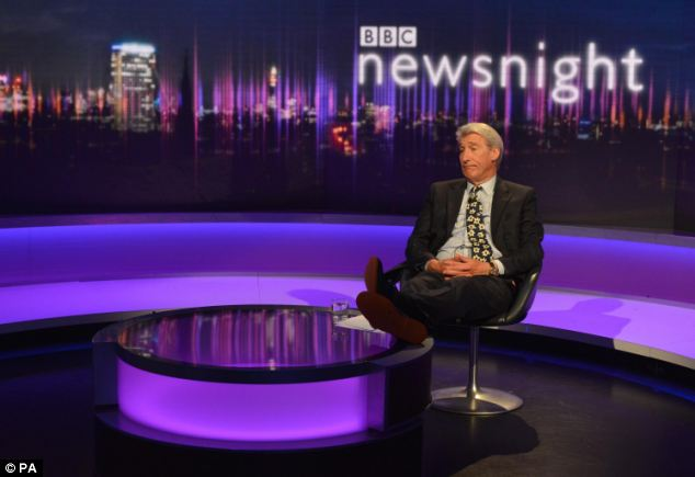 Jeremy Paxman was asked at the Chalke Valley History Festival whether he had a drink before his final Newsnight programme, and replied no