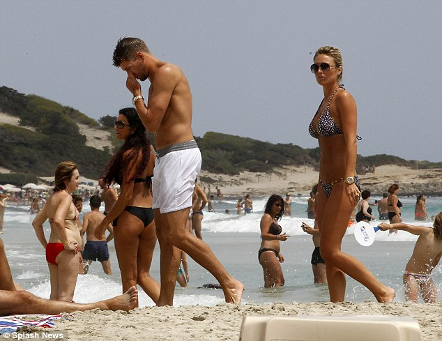 Home time: The couple were enjoying a final beach day before heading back to England