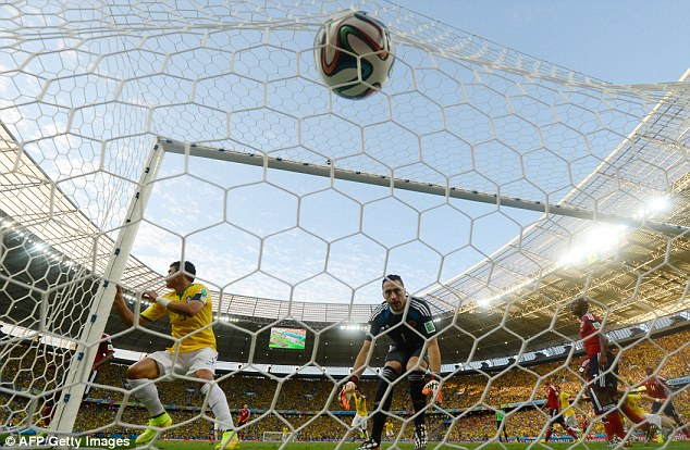 Goal: Silva gives Brazil the lead at the back post as Colombia get off to a dreadful start