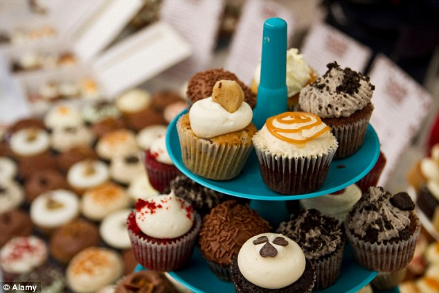 cupcake meet the employees