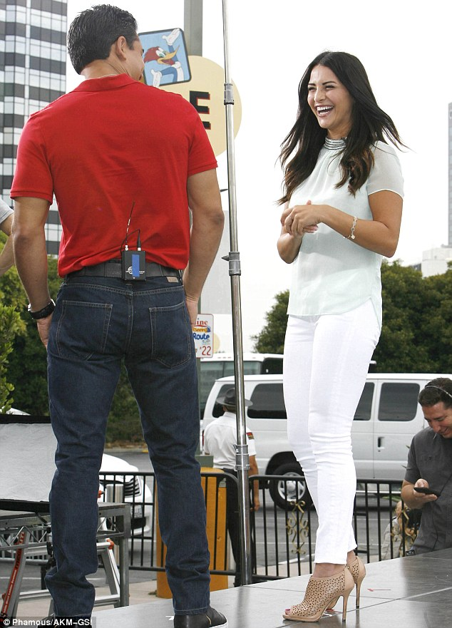 Everyone wants to know! Mario Lopez was sure to quiz Andi on her final pick, as she is now down to three contestants in Monday night's episode