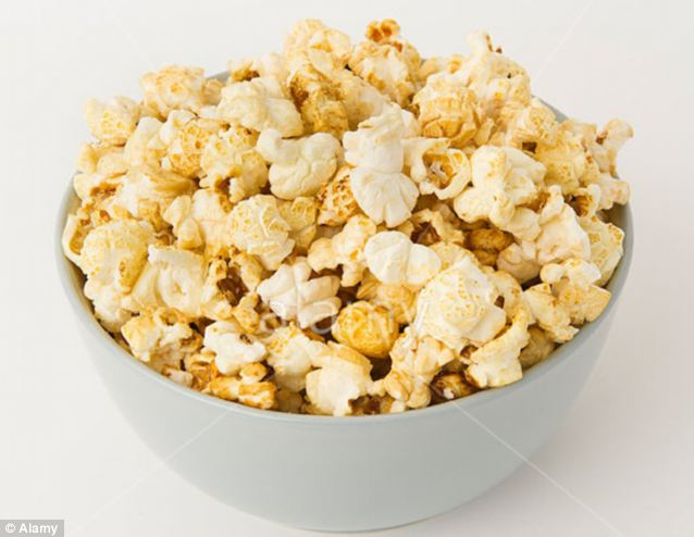 Popcorn was introduced to Britain just before the Second World War when dispensing machines were launched in cinemas by the American firm Butterkist.  Then with the growth in prosperity during the 1950s, cinema visits increased and it soon became available in shops