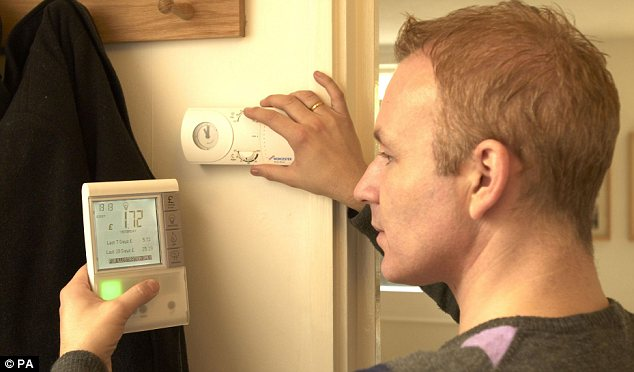 Smart Elec: The Government is selling its smart meter plan on it the savings households will make.