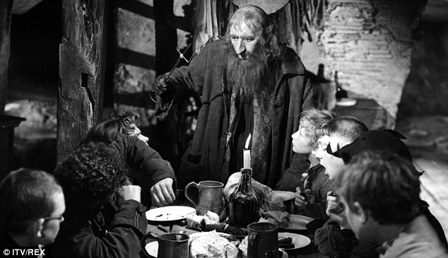A 33-year-old woman was allegedly recruiting children to shoplift, similar to Fagin - depicted here by Alec Guinness in 1948's Oliver Twist - who mentored kids into criminals