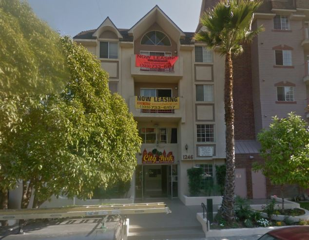 Apartments: City Park Apartments on W. 30th Street and Vermont Avenue where Ji died