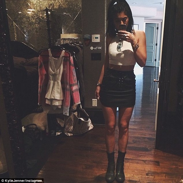 'Cyber Saturday': The following day Kylie was hanging out at home trying on clothes