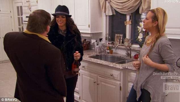 Psychic friend: Dina Manzo introduced Teresa to her psychic friend
