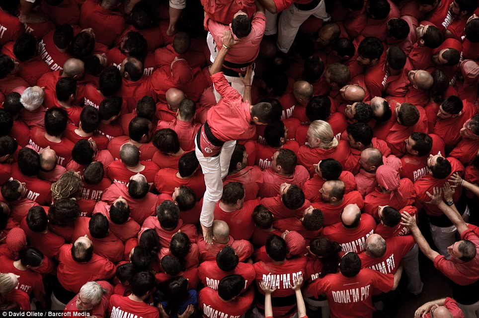 'Crowded but stunning': The atmosphere at the Concurs de Castells was 'amazing', according to photographer Mr Oliete