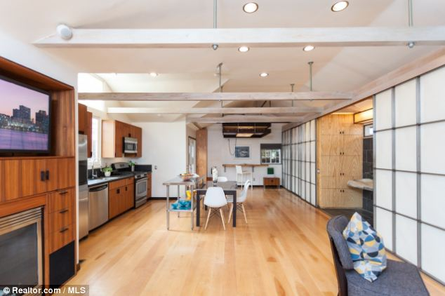 Compact: Actor Vincent Kartheiser is selling his 603-square-foot Hollywood bungalow for $808,000