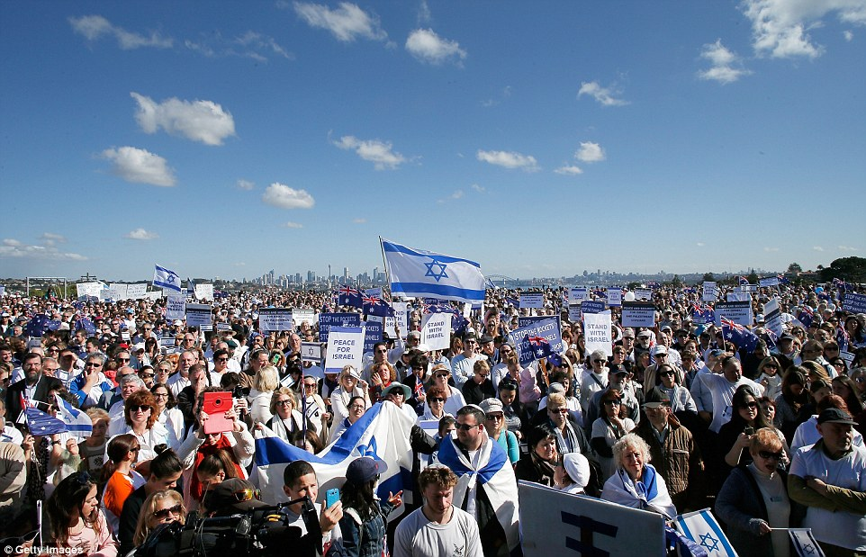 Counter-rally: Elsewhere in Sydney, at the Dudley Page Reserve, thousands of pro-Israeli protesters gathered today calling on the world to stand by the offensive