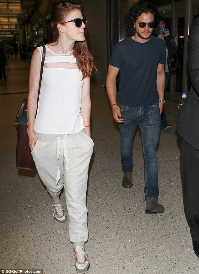 Is love back in the air? Kit and Rose sparked speculation about their reconciliation as the two were spotted walking closely next to each other through the LAX airport in Los Angeles last month