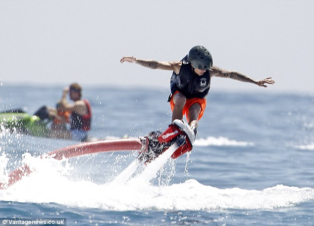 He's confident! Although Justin struggled with Flyboarding, he didn't give up on it