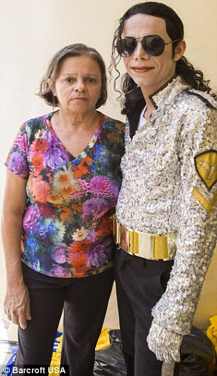 Gleidson's aunt Maria Doriane Bastos de Souza, worries about the impersonator, saying he is 'obsessed'