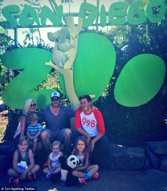 'We had the best day!' The doting parents proved they're determined to get their marriage back on track as they took their brood to San Diego Zoo on Thursday