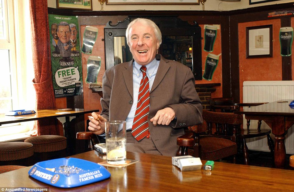 Stan Bowles at his local pub in Brentford in 2003