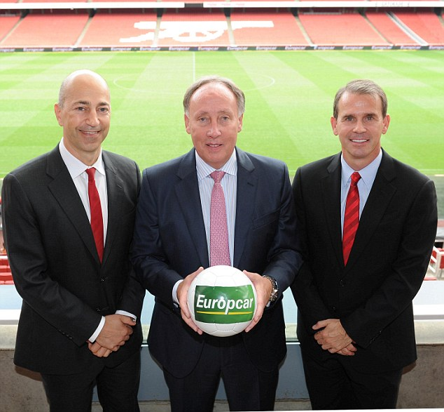 Agreement: Arsenal CEO Ivan Gazidis (left), Europcar Managing Director Ken McCall and Arsenal CCO Tom Fox