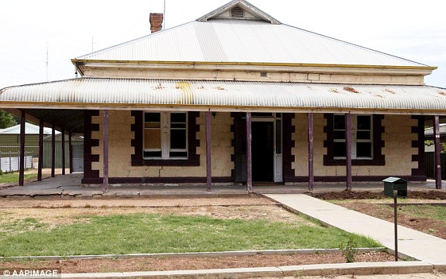 Robert Wagner stored dismembered bodies in barrels at the back of a 4wd in the driveway of this home in Snowtown. The bodies were found when the barrel's were transferred to a bank vault for storage.