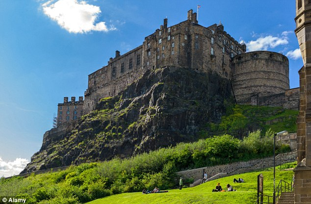 Among the top places to visit, survey respondents chose Edinburgh Castle and Stonehenge