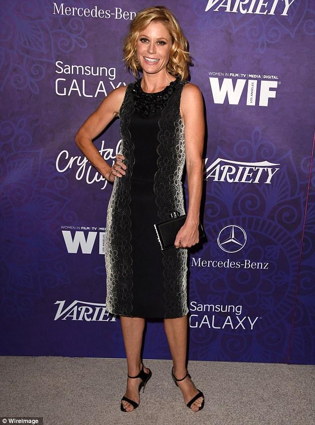 Hot mom: Hyland's onscreen mom Julie Bowen showed off her slender figure in a sleeveless ombré frock
