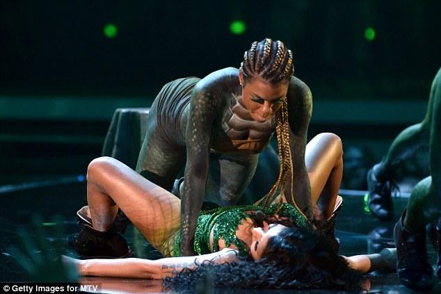 Twerk it! Minaj even let one of her dancers bounce on top of her as she lay on the floor underneath