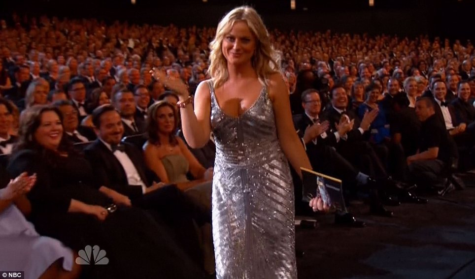 Ms presenter: Poehler presented the award for best supporting actor in a comedy series