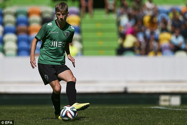 Opportunity: Playmaker Ryan Gauld, 18, has been named in Sporting Lisbon's Champions League squad