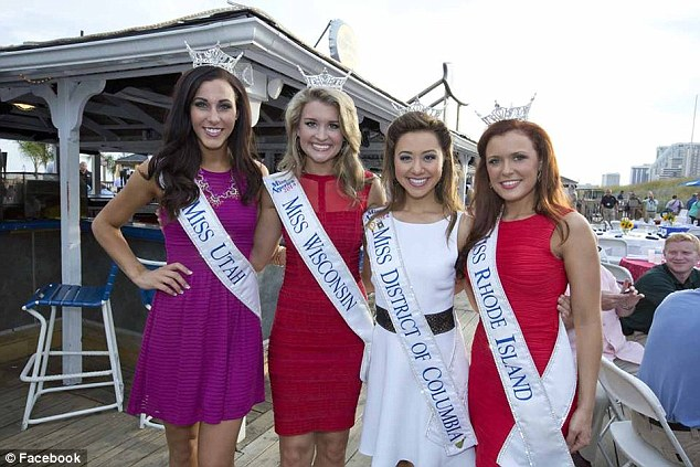 Boardwalk Empire: (From left) Miss Utah Karlie Major, Miss Wisconsin Raeanna Johnson, Miss District of Columbia Teresa Davis and Miss Rhode Island Ivy DePew pose in Atlantic City