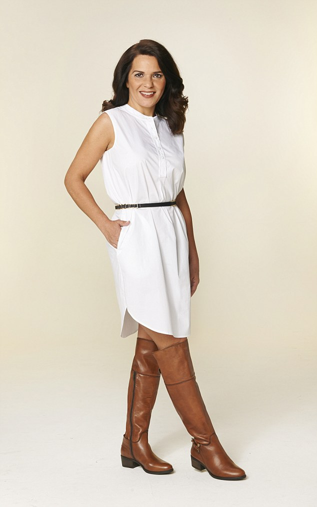 how to wear white knee high boots