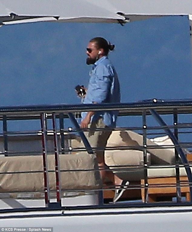 Leonardo DiCaprio cuts... Leonardo Dicaprio's Yacht