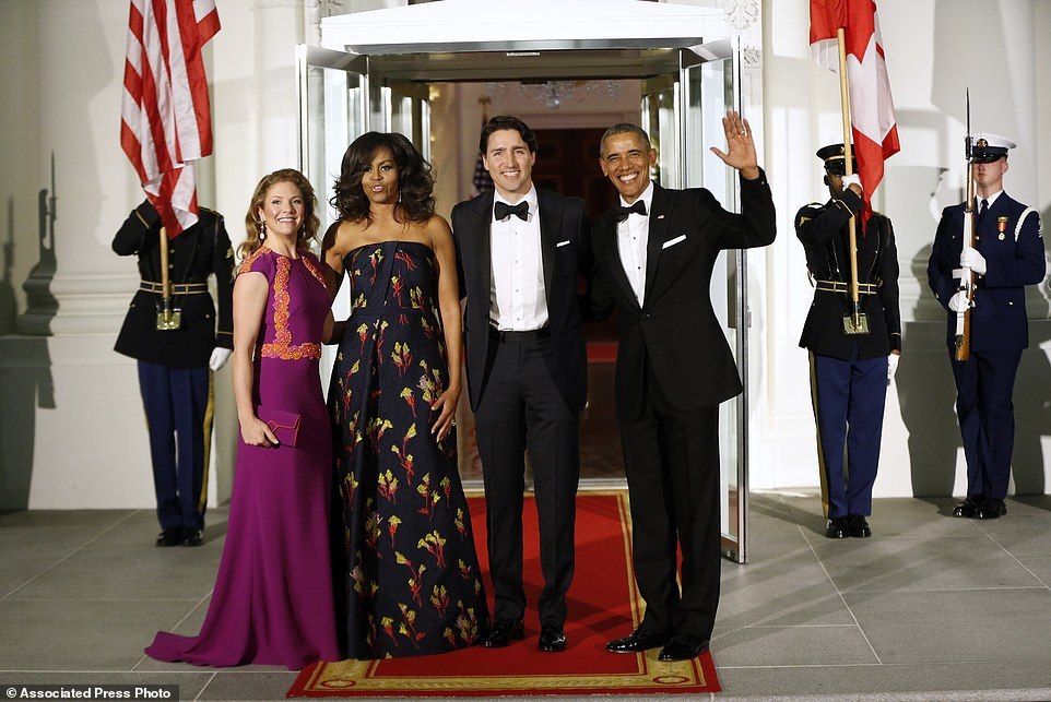 Michelle obama s custom red jason wu gown