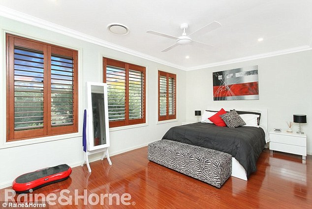 bed room love Queensland/New South Wales