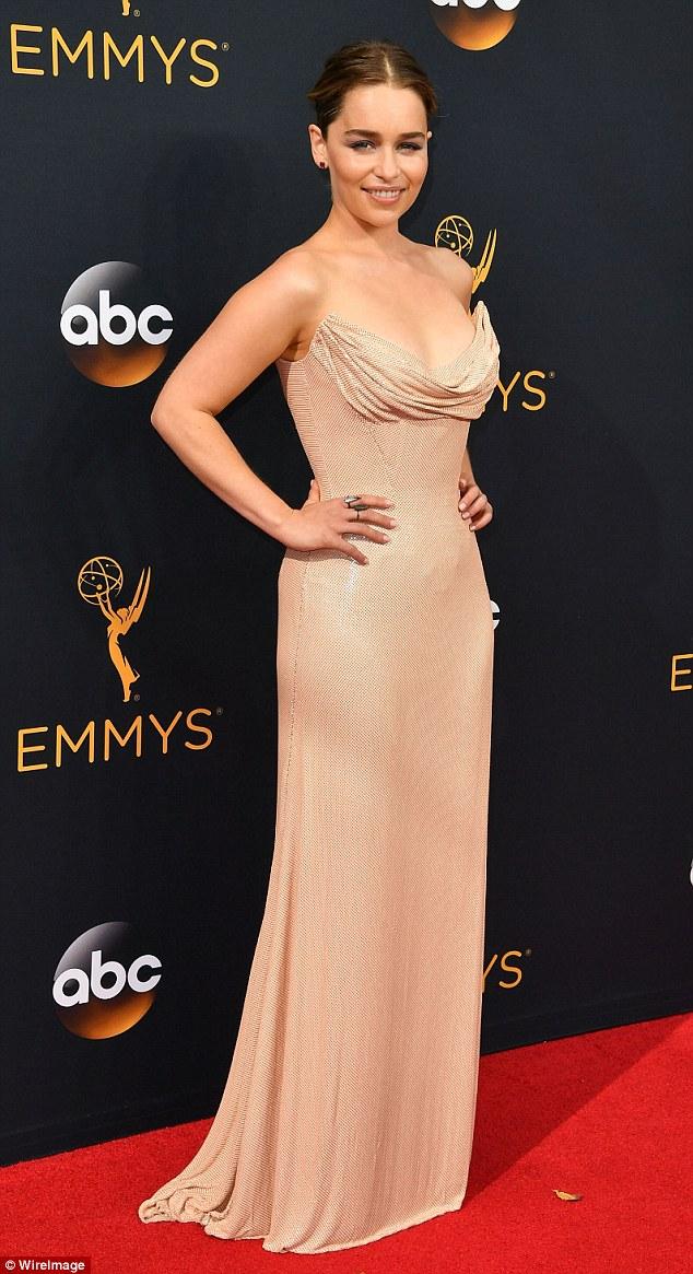 Emmy Awards 2016 Hottest Fashion Trends Like Head To Toe