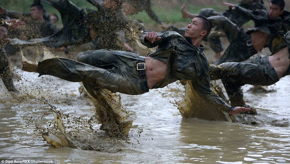 Pictures show the extreme training the officers have to go through in order to be a member of the special warfare units