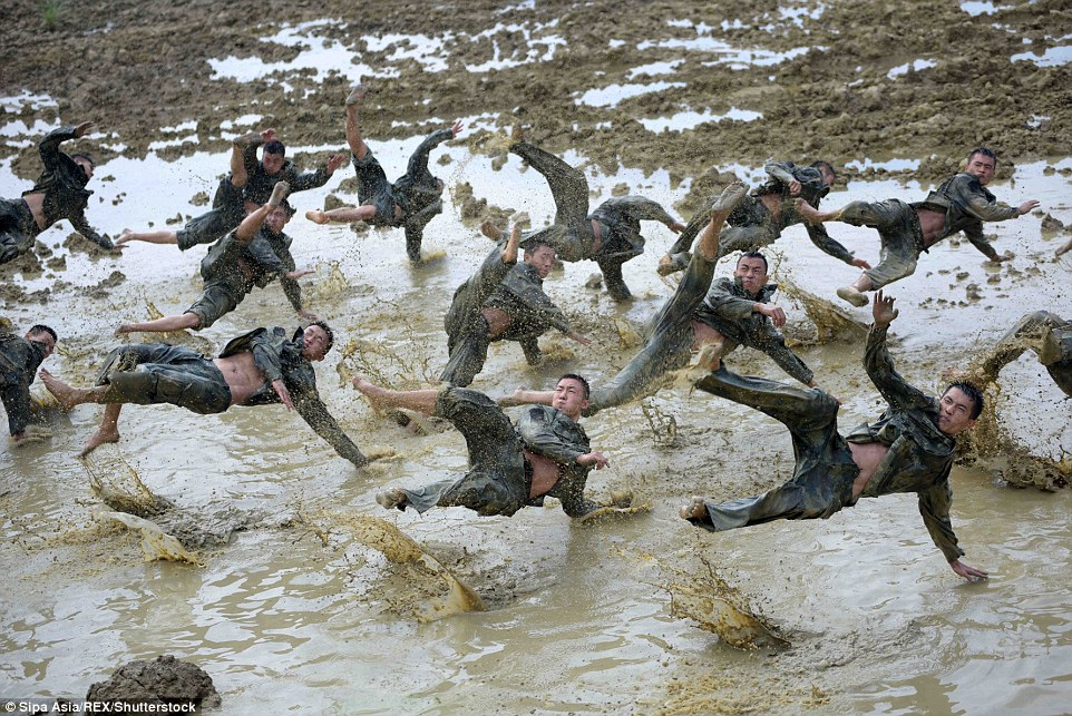 Determination: Police officers undergo training in brutal conditions in Nanning, Guangxi Zhuang Autonomous Region