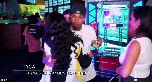 Ex factor:Suddenly realizing her ex -fiance and father to her first child is standing there say nothing, Chyna reaches out to Tyga to give him a hug
