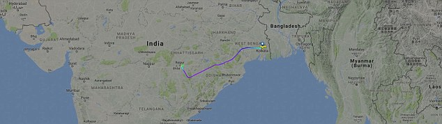 The plane from Kolkata yesterday morning was scheduled to arrive in the south of India in Bangalore at 10.50am, but had to be diverted to land in Rairpur