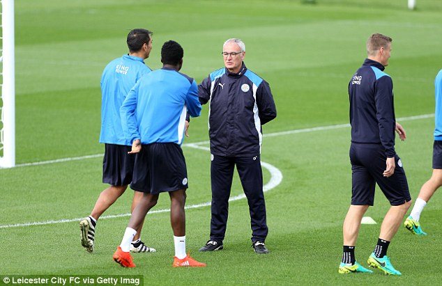 Claudio Ranieri puts his players through their places during Leicester training on Thursday