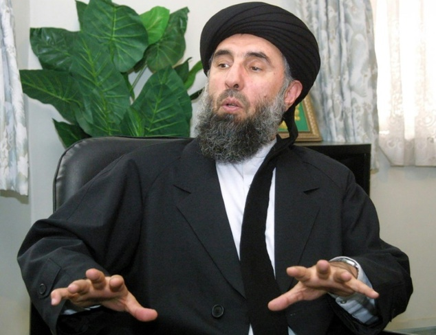 Former Afghan prime minister Gulbuddin Hekmatyar during an interview in October 2001