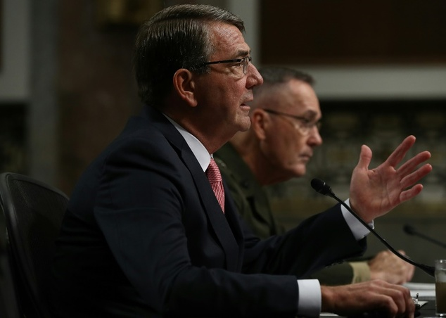 US Secretary of Defense Ashton Carter (L) and Chairman of the Joint Chiefs of Staff Joe Dunford testify before the Senate Armed Services Committee on Septemb...