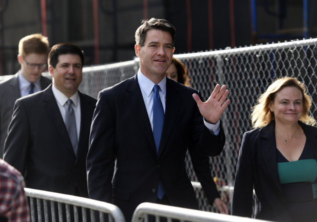 CORRECTS SPELLING OF ANNE - Bill Baroni, center, and his attorney Michael Baldassare, far left, arrive at the Martin Luther King Jr. Federal Courthouse in Ne...