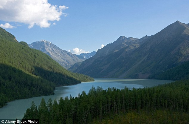 The stunning mountain range sees the borders of Russia,  China, Mongolia, and Kazakhstan come together